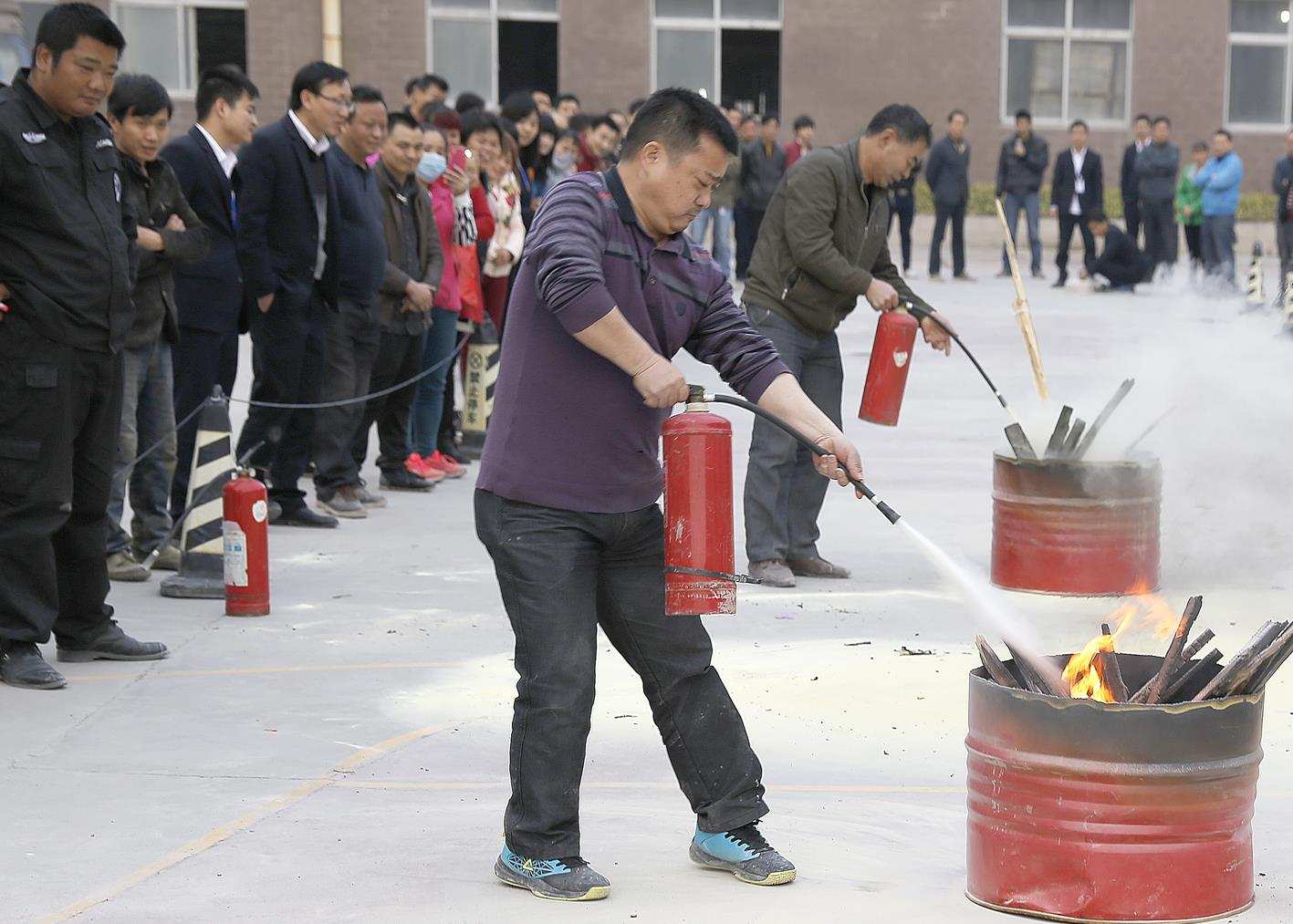 加强消防法制教育,提高全民消防安全素质