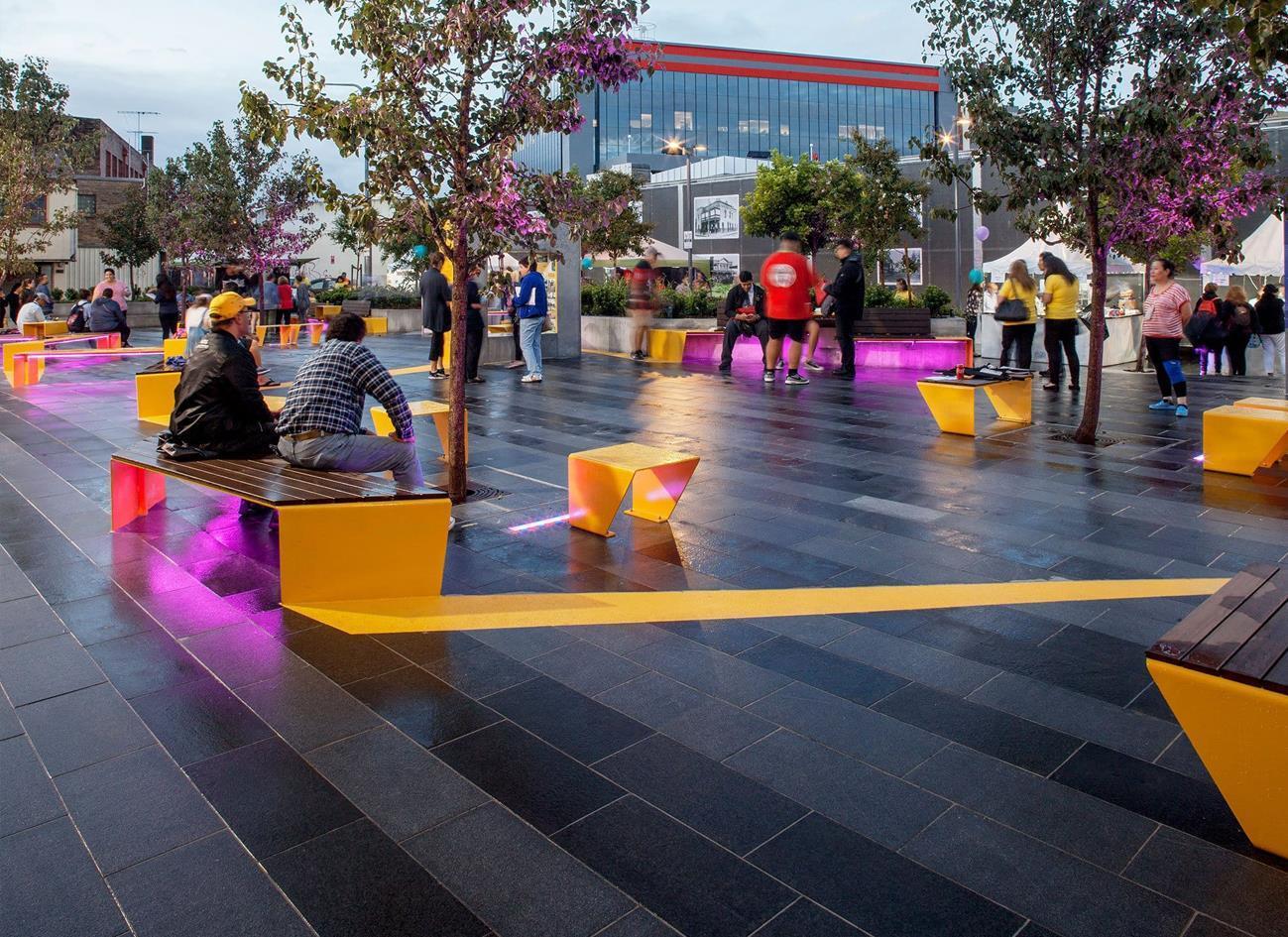 公园道路专用厚砖:2cm石英砖瓷砖厚板对比石材有哪些优缺点?