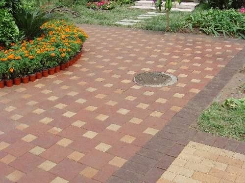 市政道路砖生态地铺石-石英砖该如何保养清洁?