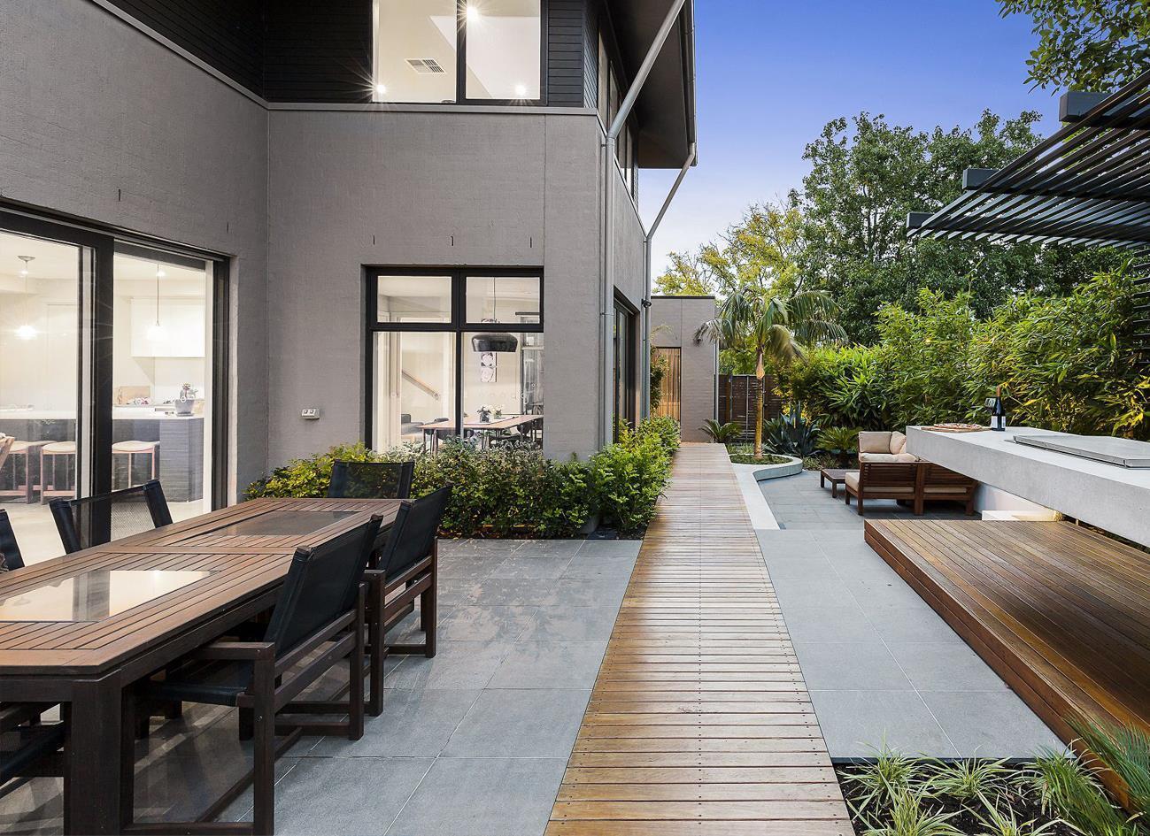 瓷砖厚板用于建筑外墙面好吗?瓷砖厚板有什么特点?